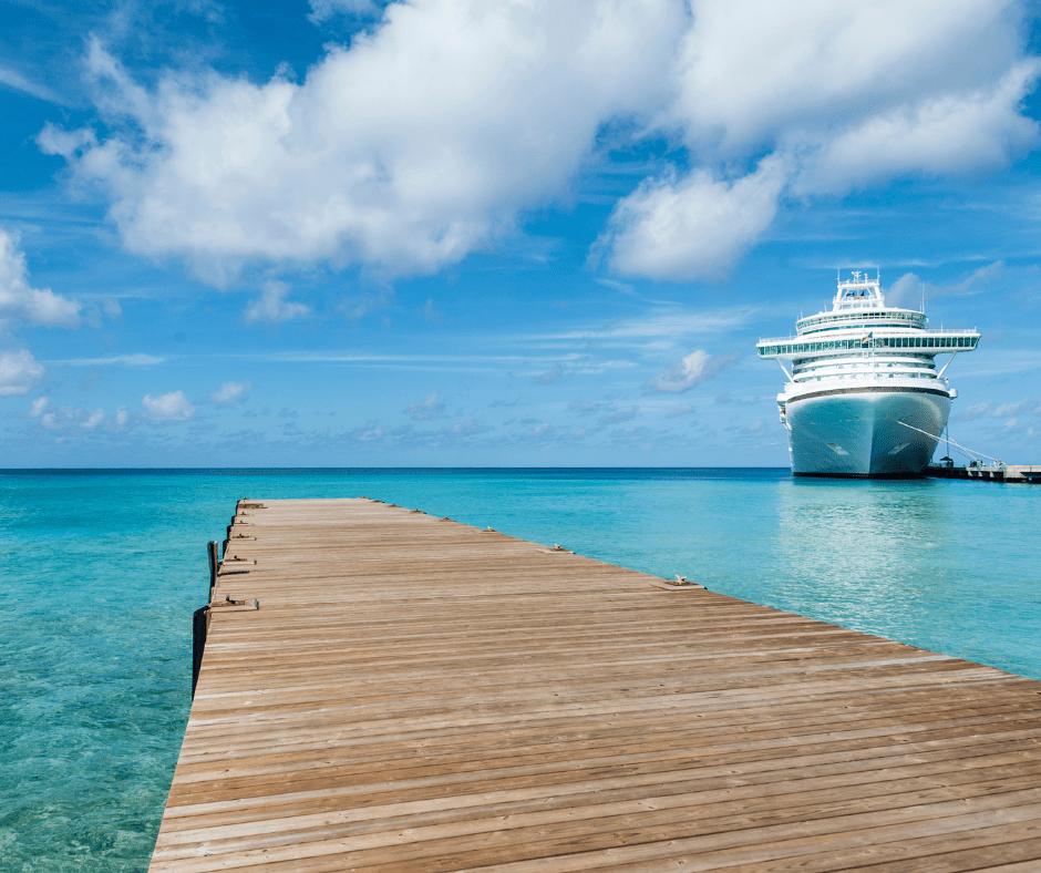 ¿Cuánto cuesta un viaje en crucero por el Caribe? ¿Cuáles son los mejores itinerarios? CRUCEROS A TU MEDIDA te ofrece toda la información que necesitas sobre los cruceros que navegan por el Mar Caribe, navieras y precios, itinerarios y excursiones, opiniones y recomendaciones para visitar lo más interesante del Caribe